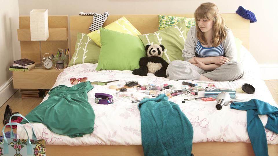 10 conseils pour ranger et nettoyer votre chambre rapidement