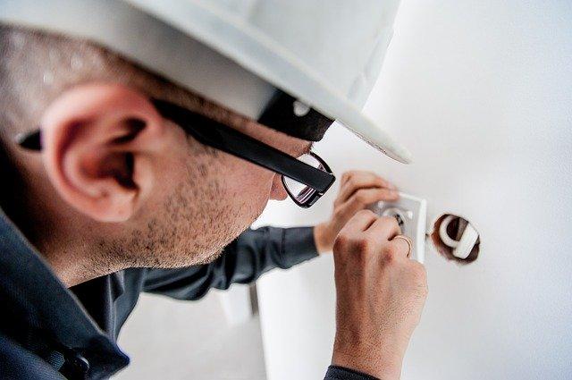 Comment détecter les défauts électriques dans la maison ?