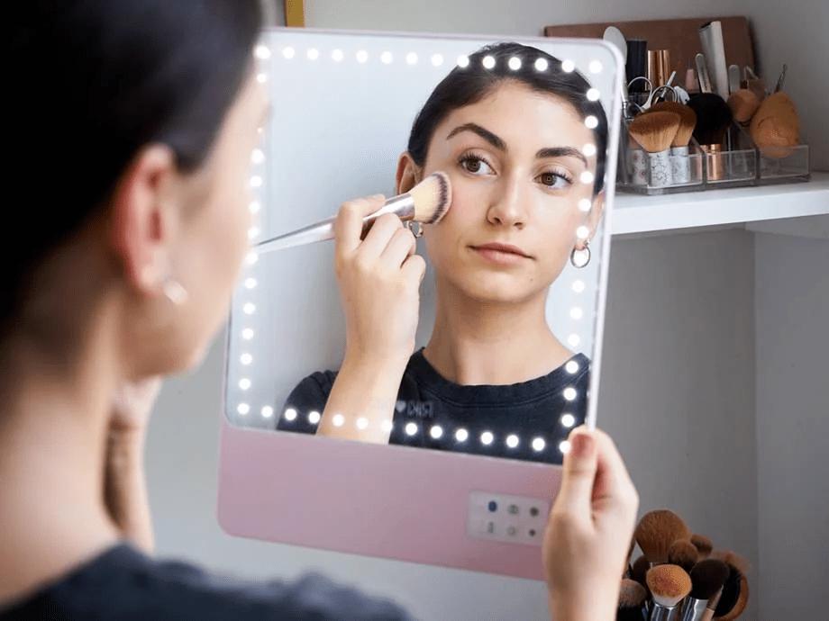 Comment ranger et organiser votre collection complète de maquillage