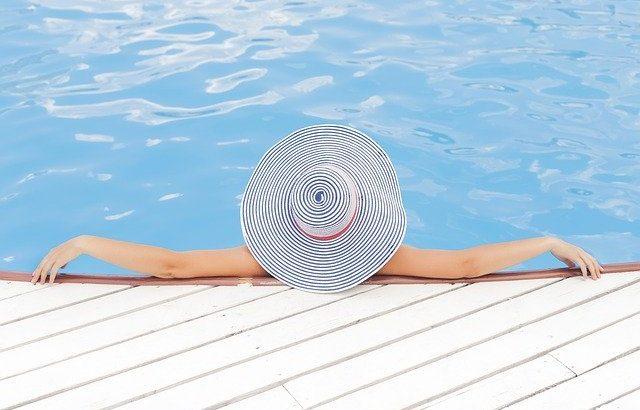 Quel revêtement pour votre plage de piscine ?