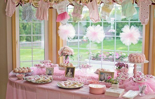 Comment bien décorer une baby shower à la maison ?